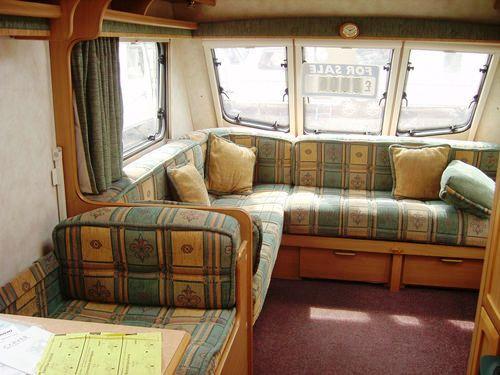 Caravan08a